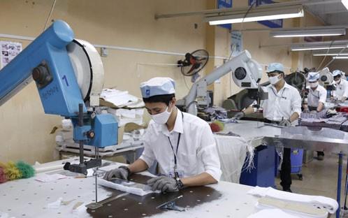 Không cắt giảm lương làm thêm, phụ cấp của NLĐ khi thực hiện lương tối thiểu vùng