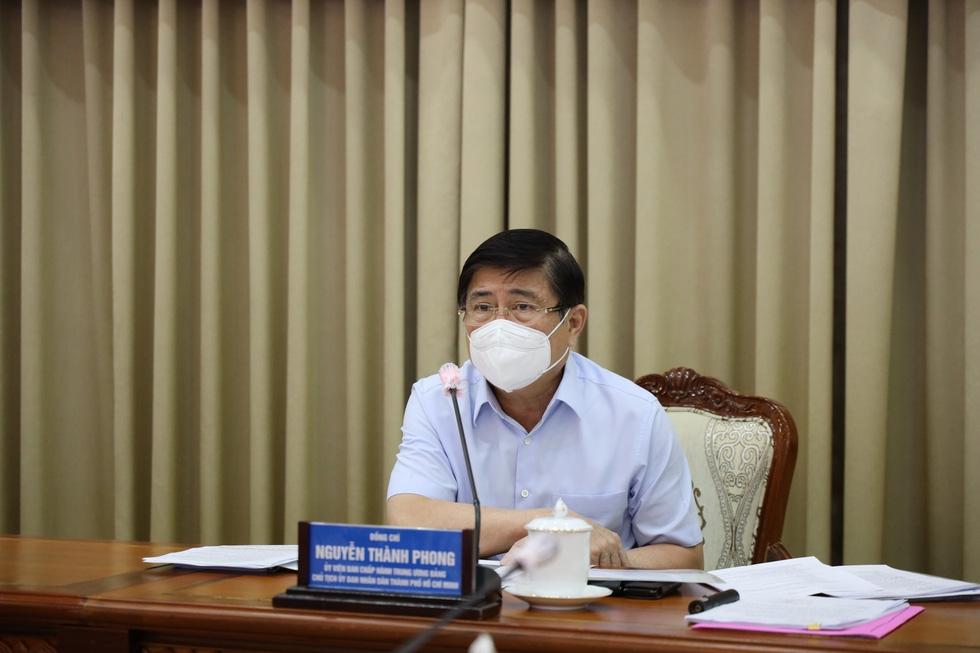Thành phố Hồ Chí Minh giãn cách theo Chỉ thị 16, không lo thiếu lương thực