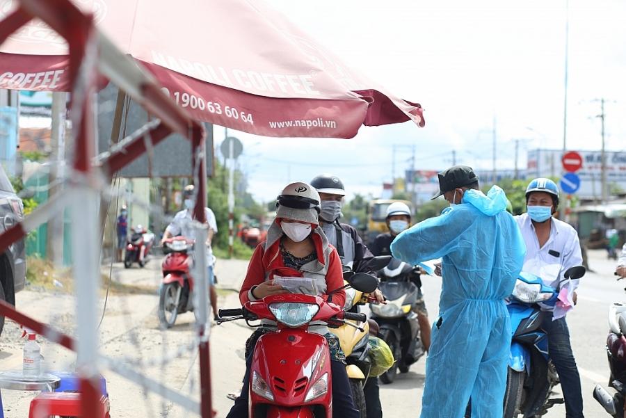 Người dân miền Tây bắt đầu quay trở lại thành phố Hồ Chí Minh làm việc