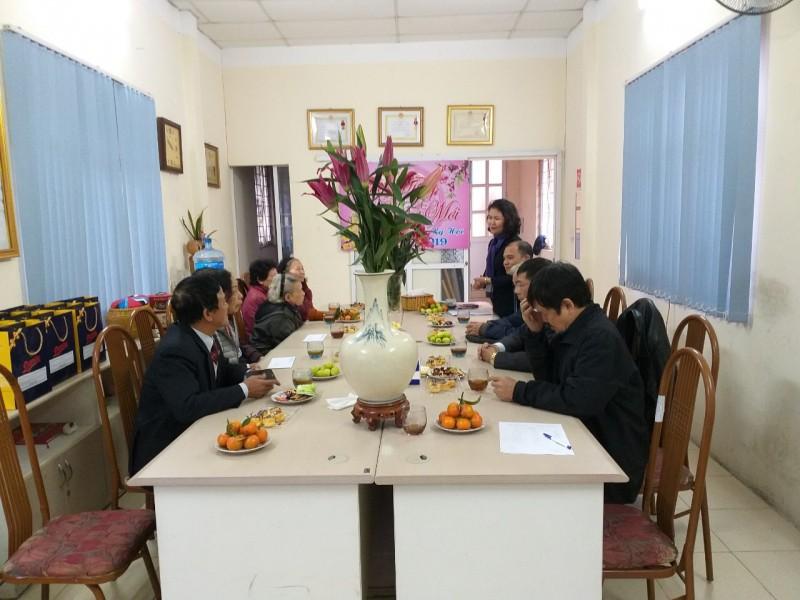 Ngành GTVT Hà Nội tổ chức gặp mặt, chúc Tết cán bộ công đoàn hưu trí