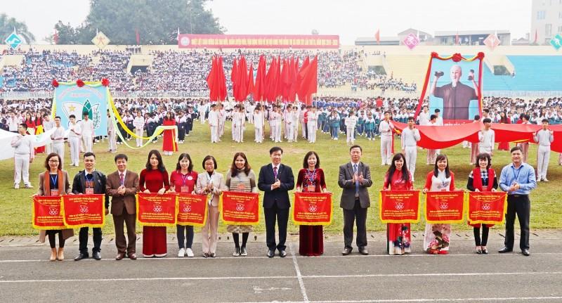 Thị xã Sơn Tây khai mạc Hội khỏe Phù Đổng lần thứ IX