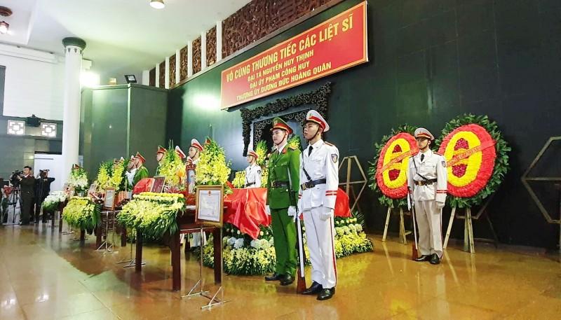 Trợ cấp cho thân nhân các liệt sĩ hy sinh tại xã Đồng Tâm