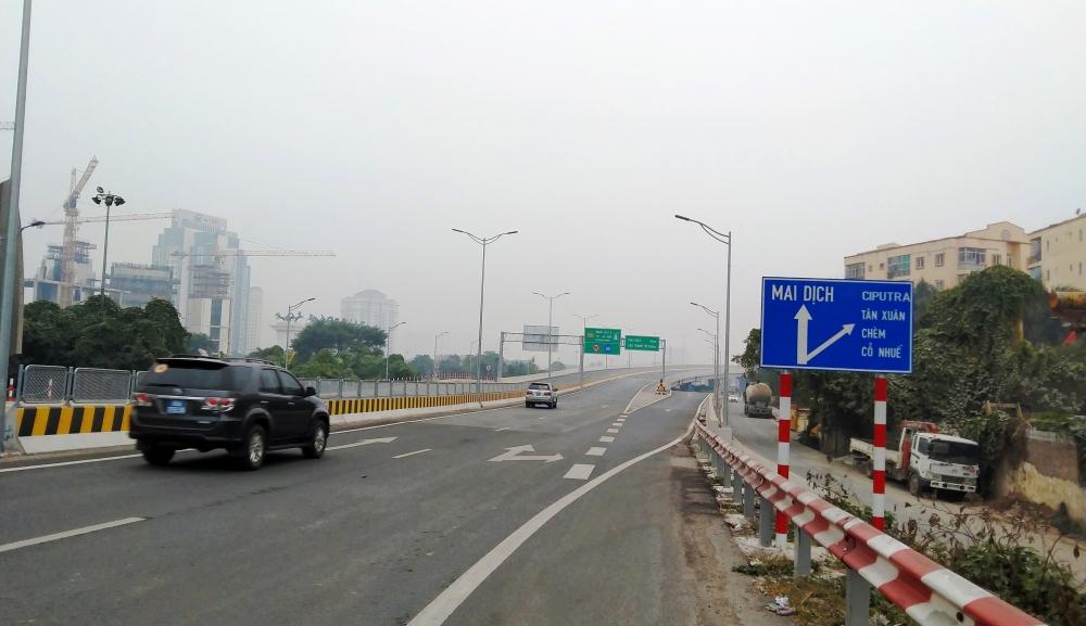 Kiểm soát xe quá tải qua cầu Thăng Long để đảm bảo tuổi thọ công trình