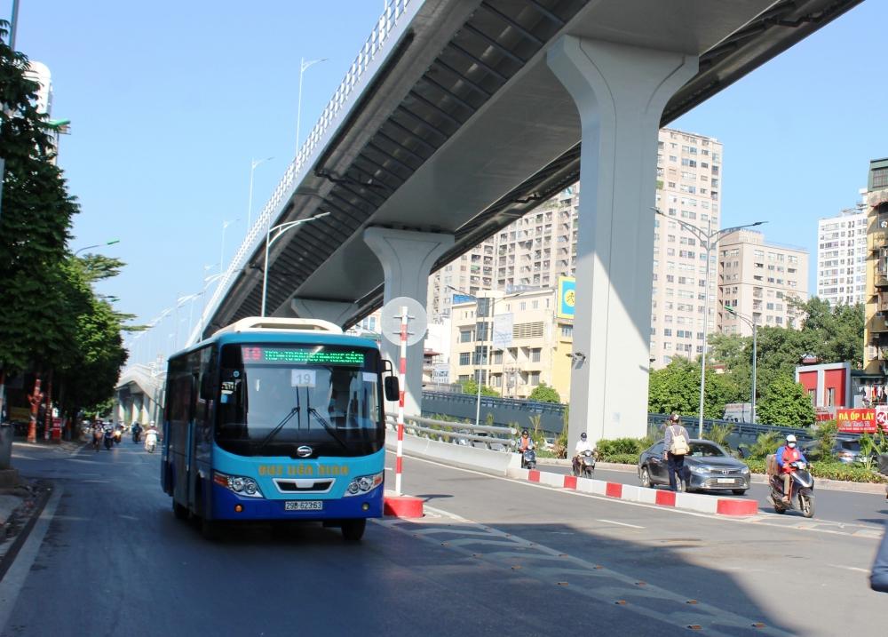 Hà Nội: Kiến nghị cho phép vận tải hành khách công cộng được hoạt động từ 1/10