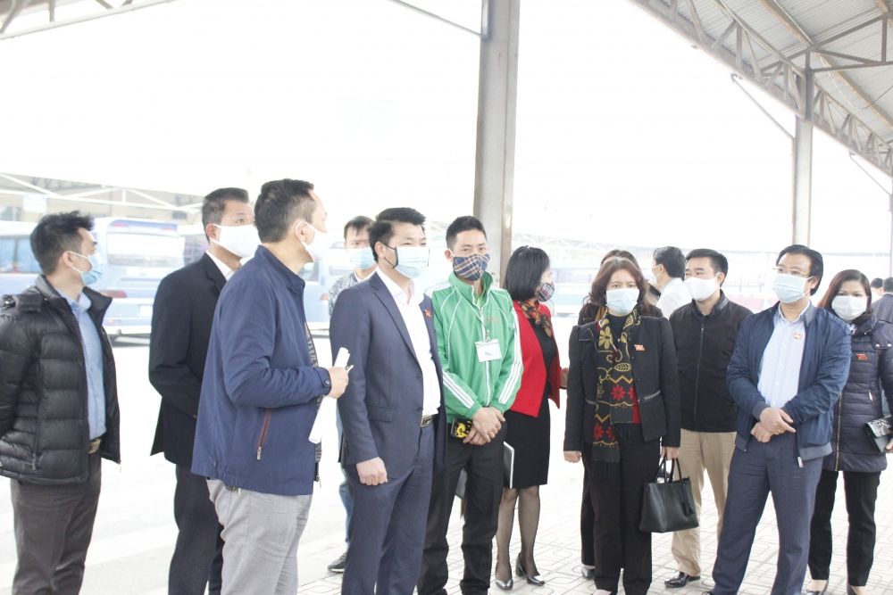 Khảo sát việc đảm bảo hoạt động vận tải dịp Tết tại Bến xe Yên Nghĩa