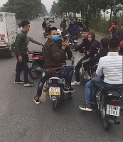 Xác minh nhóm thanh niên lạng lách, chặn xe chở tân binh