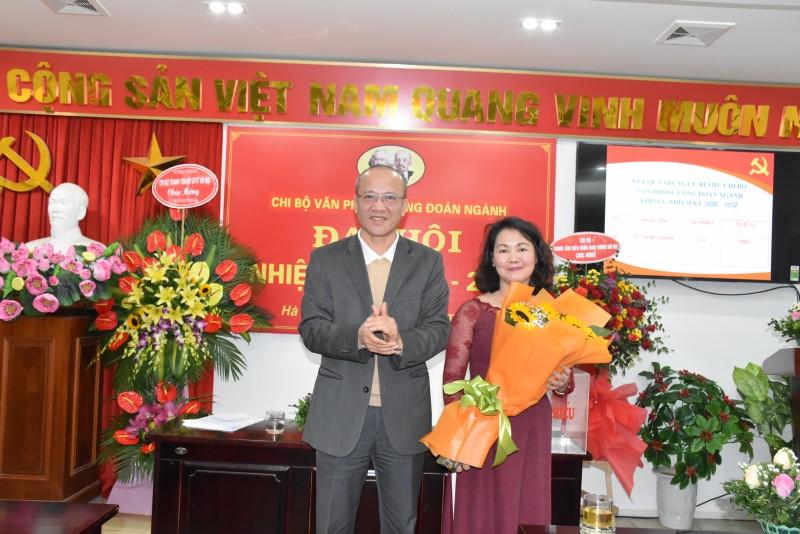 Đại hội Chi bộ Văn phòng Công đoàn ngành Giao thông vận tải Hà Nội