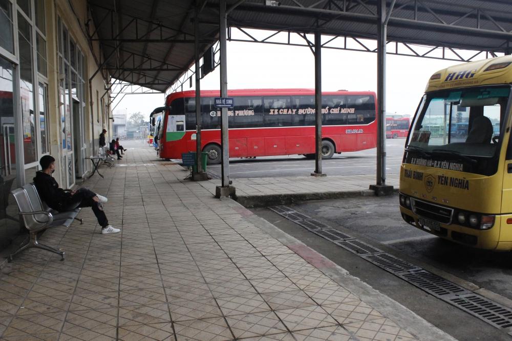 Hà Nội tạm dừng vận tải hành khách đến nhiều tỉnh/thành phố
