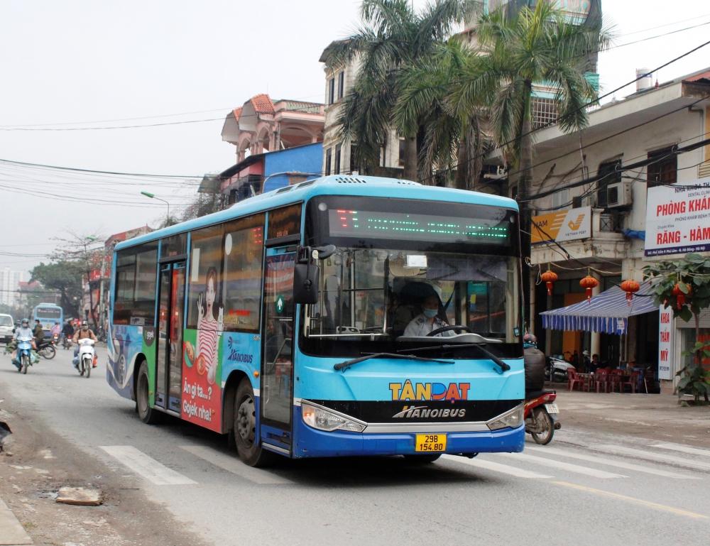 Ảnh hưởng bởi dịch Covid-19 khiến doanh thu xe buýt giảm mạnh