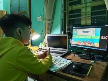 Ngoại thành Hà Nội tích cực triển khai dạy học trực tuyến