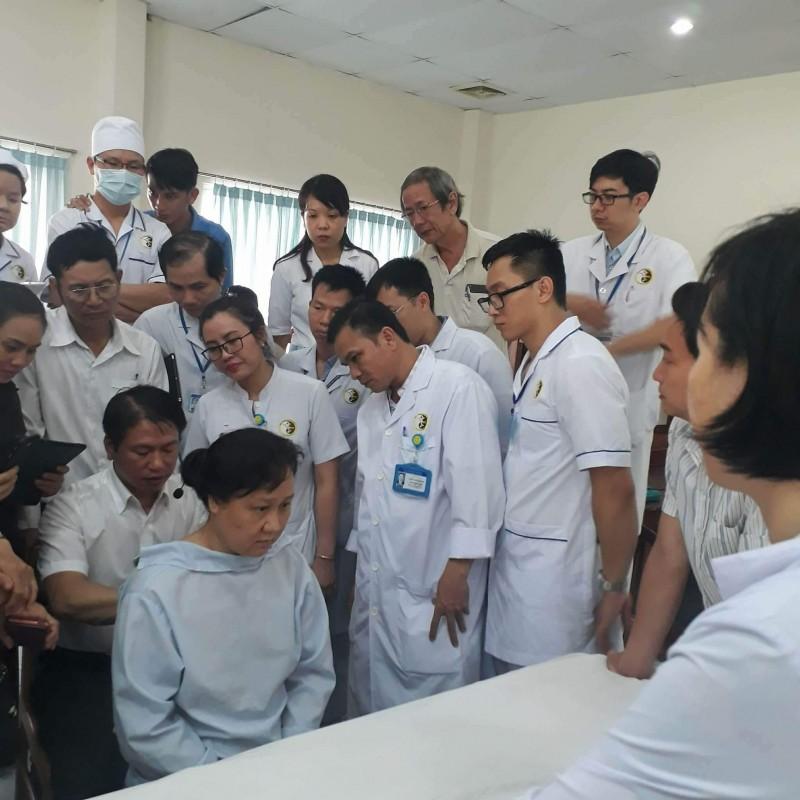 ung dung phuong phap tac dong cot song trong dieu tri benh van phong