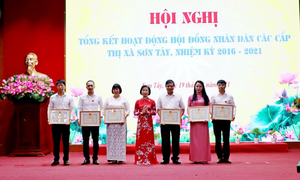 Sơn Tây tổng kết hoạt động của Hội đồng nhân dân các cấp