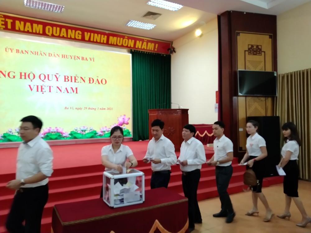 """Phát động ủng hộ Quỹ """"Vì biển, đảo Việt Nam"""" năm 2021"""