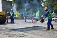 Sôi nổi Hội thi 'Công nhân duy tu, sửa chữa đường bộ giỏi'