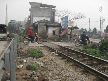 """Tiêu chí mới về """"điểm đen"""" tai nạn đường sắt"""