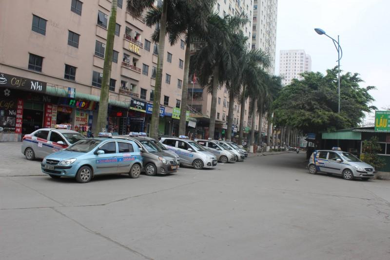 Thống nhất 5 màu sơn cơ bản cho taxi Hà Nội