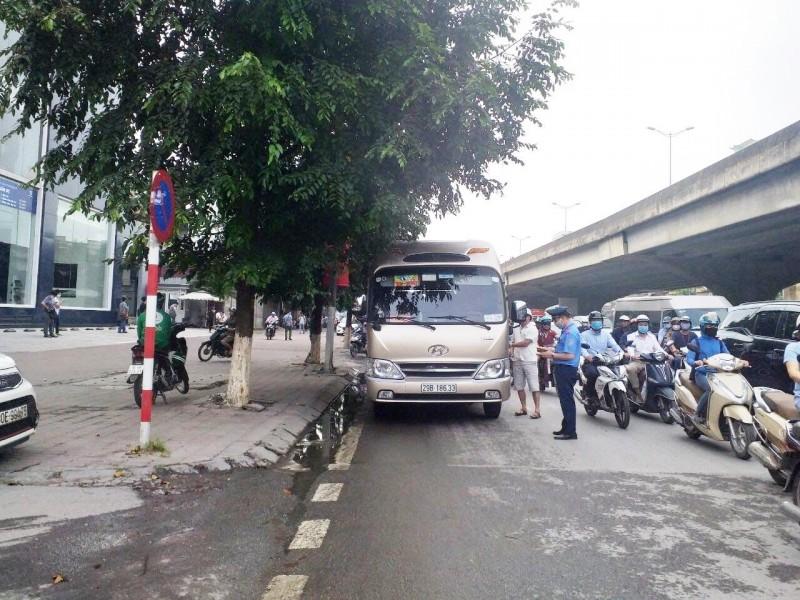 Phối hợp xử lý vi phạm vận tải hàng hóa bằng xe ô tô