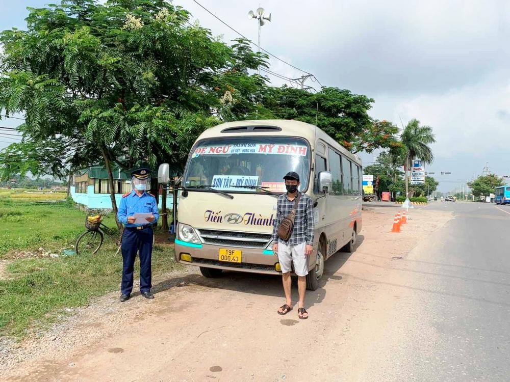 Tăng cường kiểm tra, xử lý nghiêm các vi phạm về trật tự an toàn giao thông