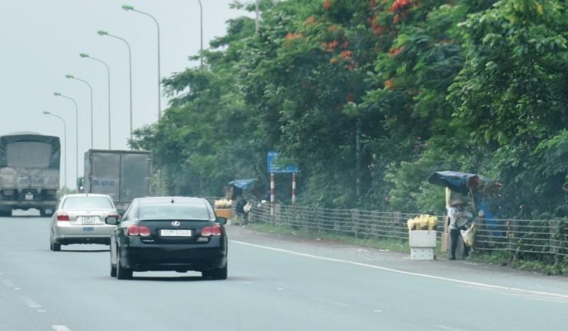 'Bẫy' tai nạn trên cao tốc Đại lộ Thăng Long