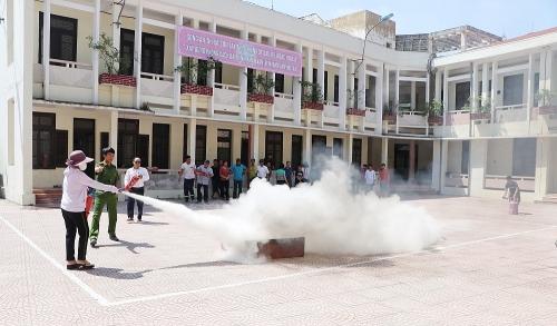 Sơn Tây tuyên truyền phòng cháy chữa cháy và cứu nạn cứu hộ cho khu dân cư