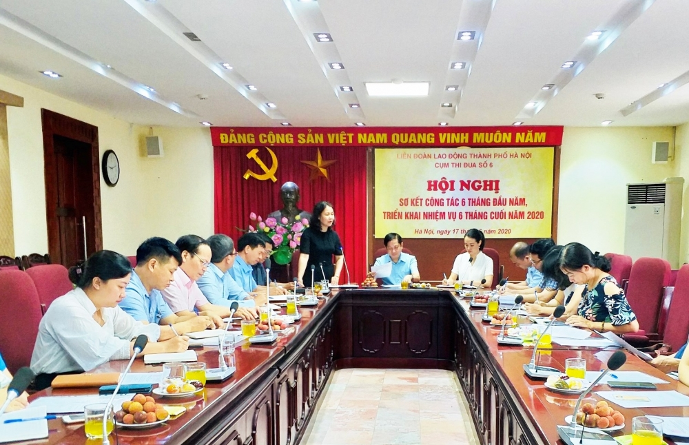 Đẩy mạnh thi đua yêu nước trong công nhân viên chức lao động