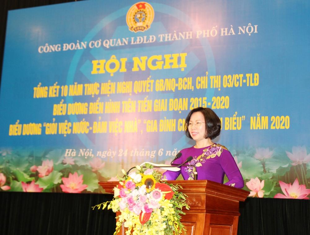 Tôn vinh giá trị gia đình Việt
