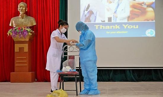 Sơn Tây tập huấn khung tiếp nhận, cách ly y tế tập trung phòng, chống dịch Covid-19