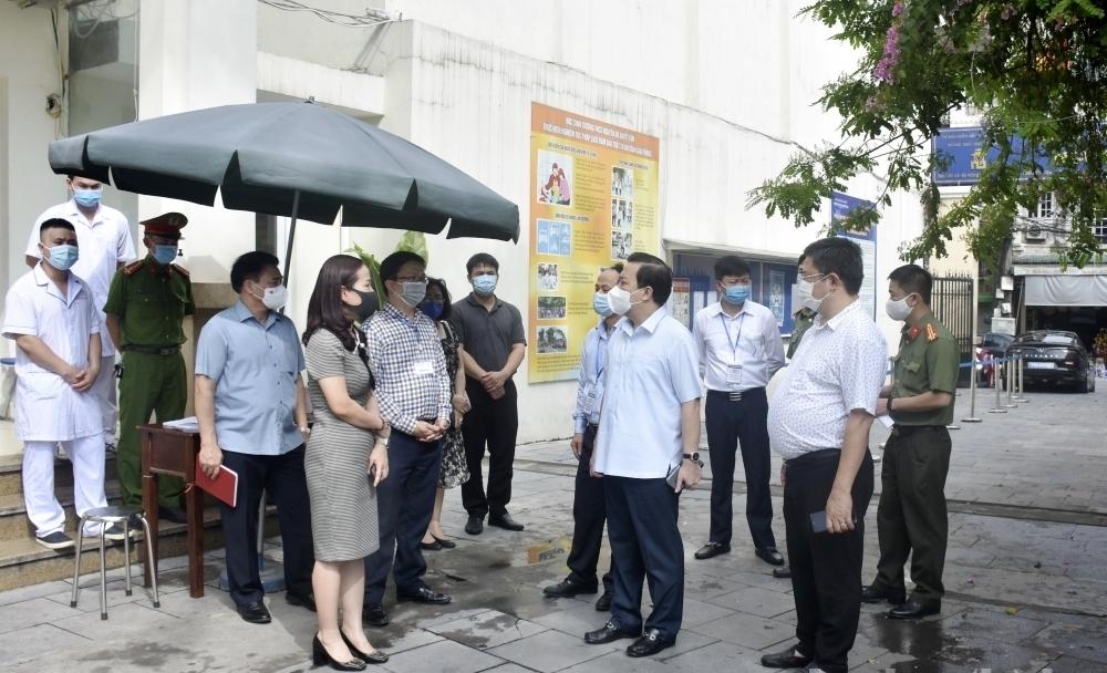 Công an thành phố Hà Nội đồng loạt ra quân đảm bảo an ninh trật tự tại các điểm thi