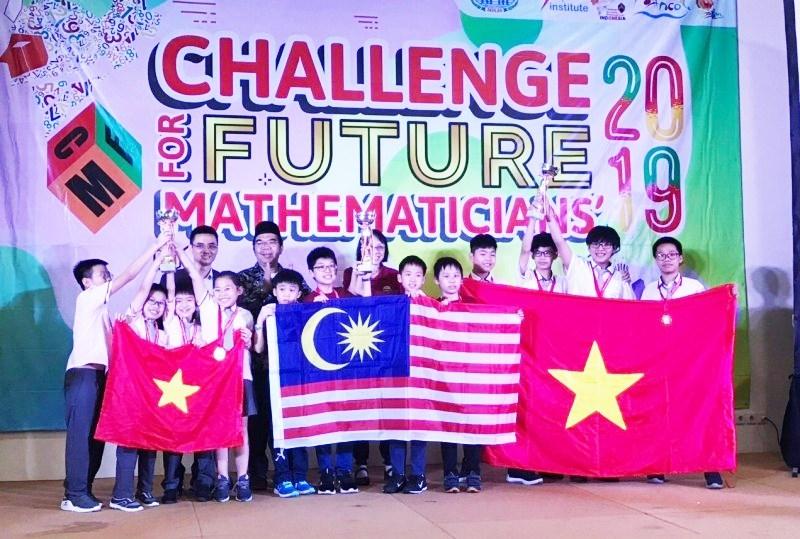 Học sinh Hà Nội giành nhiều thành tích tại các cuộc thi lớn