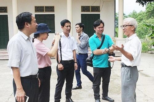 Tổ chức đi thực tế về công tác xây dựng nông thôn mới tại Sơn Tây