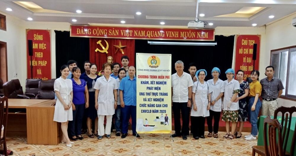 Tổ chức khám, tư vấn sức khỏe miễn phí cho công nhân lao động