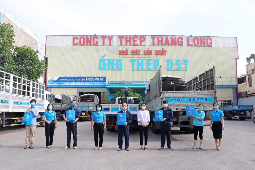 Liên đoàn Lao động thị xã Sơn Tây: Nhiều hoạt động hướng về người lao động
