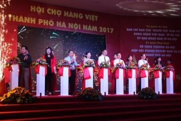 Hơn 300 gian hàng tham gia Hội chợ hàng Việt
