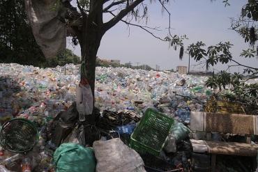 Chống rác thải nhựa để thế giới sạch hơn