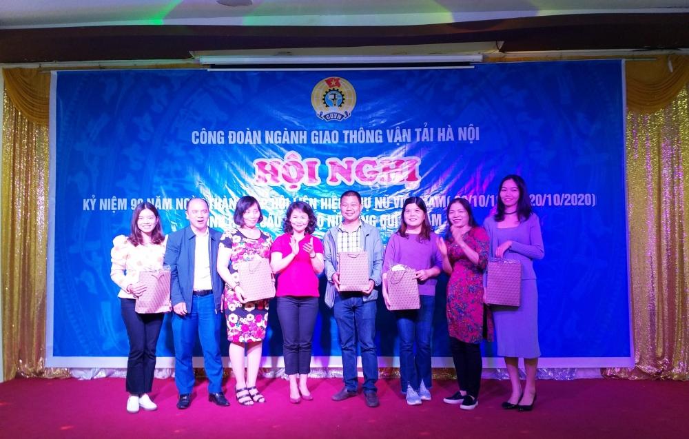 Tổ chức kỷ niệm Ngày thành lập Hội liên hiệp phụ nữ Việt Nam