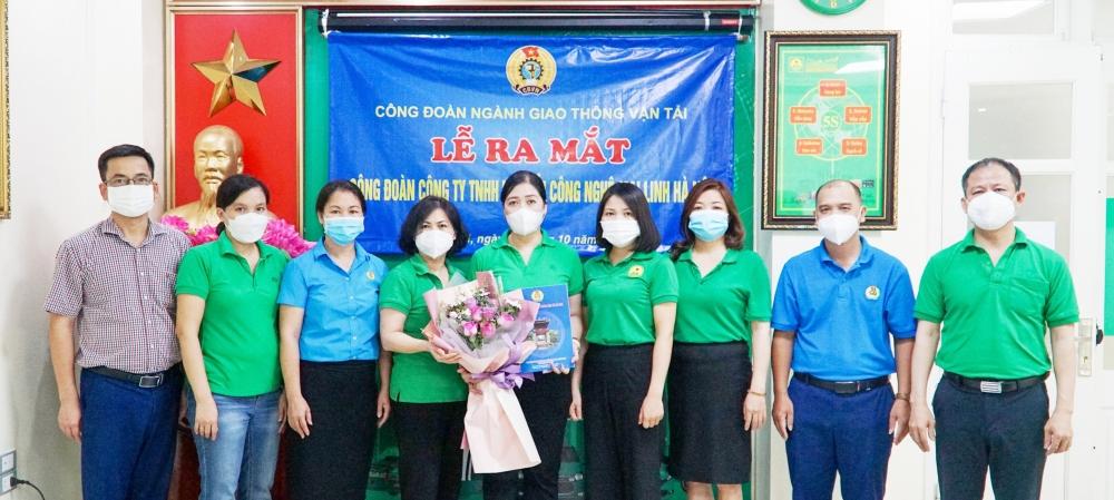 Ra mắt Công đoàn Công ty TNHH Vận tải công nghệ Mai Linh Hà Nội