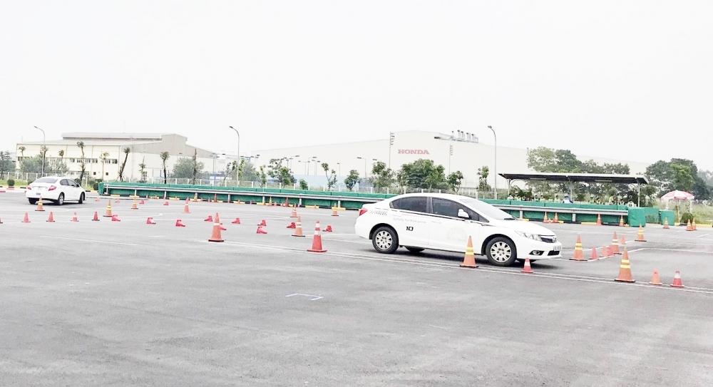 Từ ngày mai (20/10), Hà Nội tổ chức lại các kỳ thi đào tạo, sát hạch cấp Giấy phép lái xe