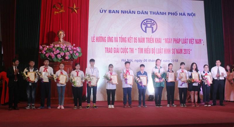 1/10 dân số Hà Nội tham gia tìm hiểu cuộc thi về Bộ luật Hình sự