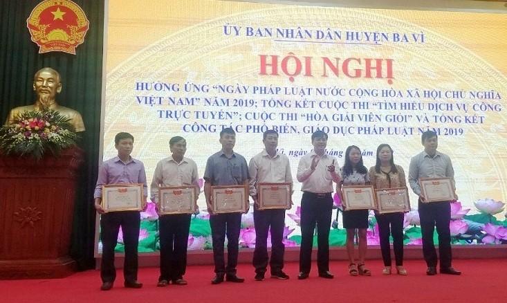 Huyện Ba Vì: Nhiều hoạt động hưởng ứng ngày pháp luật Việt Nam