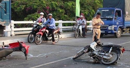 Đẩy mạnh tuần tra tại các khu vực bến xe, đầu mối giao thông