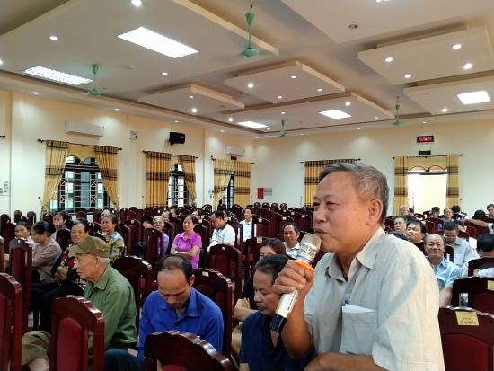 Đại biểu Hội đồng nhân dân huyện Ba Vì tiếp xúc cử tri trước kỳ họp thứ 18