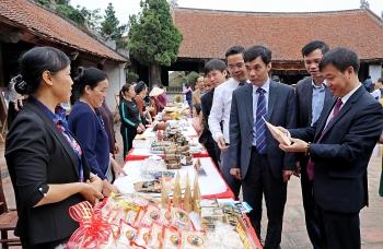 Nhiều hoạt động kỷ niệm sôi động tại Làng cổ Đường Lâm