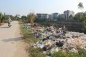 Đường nhếch nhác vì rác thải 'xả' bừa bãi