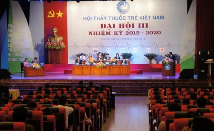 Thầy thuốc trẻ Việt Nam chung tay góp sức vì cộng đồng