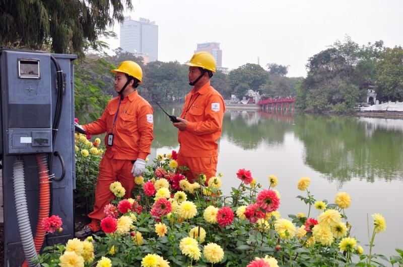 Tăng cường hơn 5.000 ca trực đảm bảo điện dịp Tết Đinh Dậu