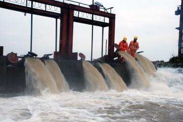 Đảm bảo điện cho trạm bơm lấy nước vụ Đông Xuân 2018
