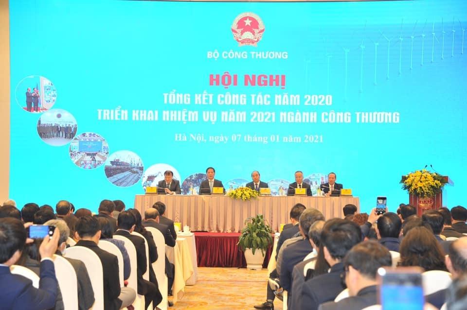 Năm 2020, giá trị xuất khẩu Việt Nam đạt 281,5 tỉ USD, tăng 6,5%