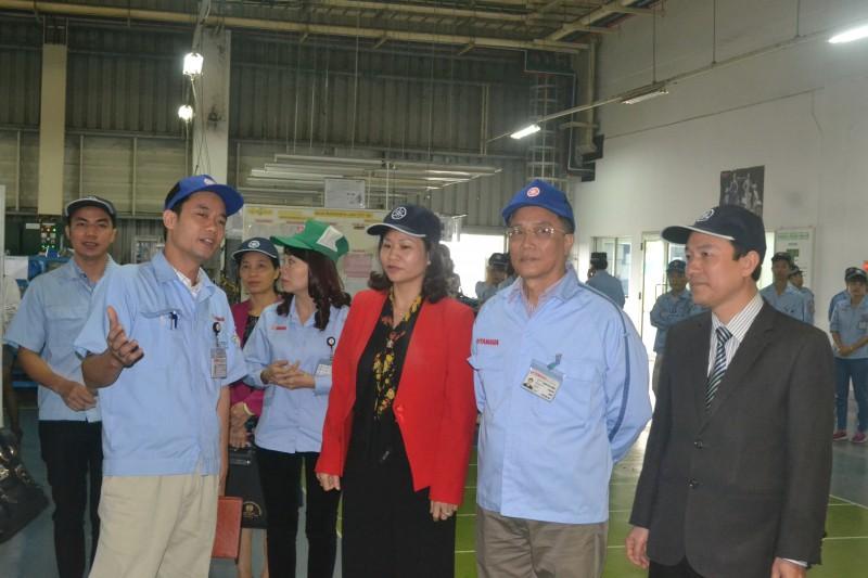 Chủ tịch LĐLĐ Hà Nội Nguyễn Thị Tuyến thăm, chúc Tết CNLĐ