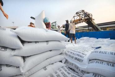 Đang tồn kho gần 956.000 tấn gạo