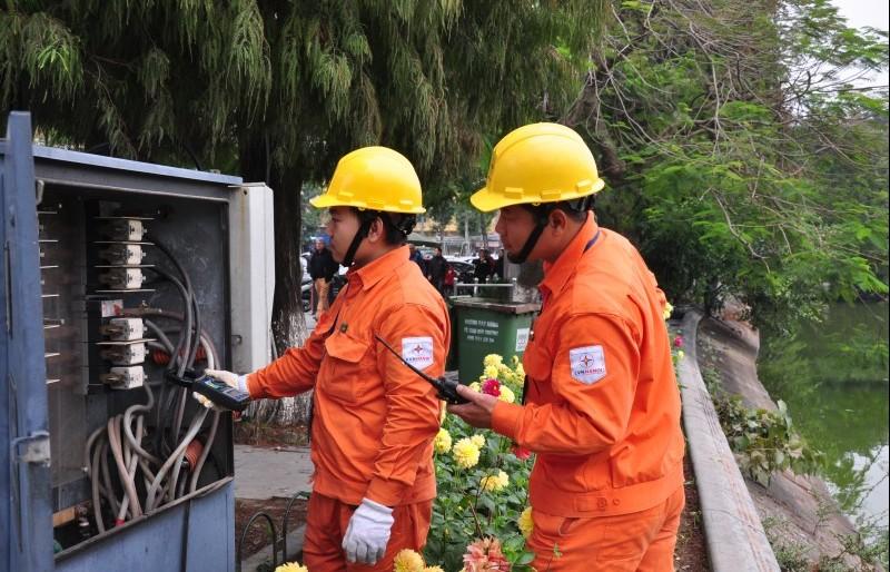EVN Hà Nội: Tăng cường đảm bảo điện phục vụ Tết 2019